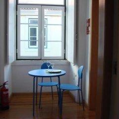 Отель Lisbon Happy Hostel by Sweet Home Hospedagem Португалия, Лиссабон - отзывы, цены и фото номеров - забронировать отель Lisbon Happy Hostel by Sweet Home Hospedagem онлайн комната для гостей фото 3
