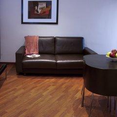 Отель Apartamentos Turisticos Madanis Испания, Оспиталет-де-Льобрегат - 2 отзыва об отеле, цены и фото номеров - забронировать отель Apartamentos Turisticos Madanis онлайн комната для гостей фото 5