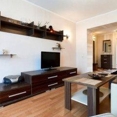 Home-Hotel Nizhniy Val 41-2 Киев комната для гостей