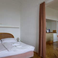 Апартаменты Apartments Maximillian сейф в номере