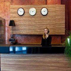Гостиница Ost West Club интерьер отеля