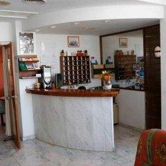 Отель Hostal Residencia Molins Park гостиничный бар