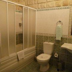 Yasemin Cave Hotel Турция, Ургуп - отзывы, цены и фото номеров - забронировать отель Yasemin Cave Hotel онлайн ванная фото 2