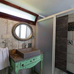 Belizi Hotel Турция, Урла - отзывы, цены и фото номеров - забронировать отель Belizi Hotel онлайн ванная