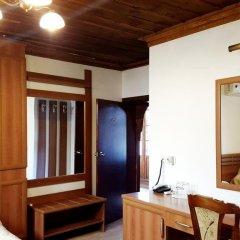 Отель Chakarova Guest House Болгария, Сливен - отзывы, цены и фото номеров - забронировать отель Chakarova Guest House онлайн сейф в номере