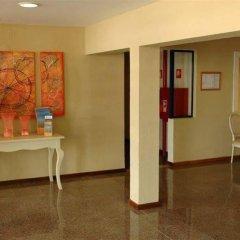 Отель Apartamentos Rio Португалия, Виламура - отзывы, цены и фото номеров - забронировать отель Apartamentos Rio онлайн интерьер отеля фото 3
