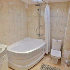 Гостиница Нефтяник в Тюмени 1 отзыв об отеле, цены и фото номеров - забронировать гостиницу Нефтяник онлайн Тюмень ванная