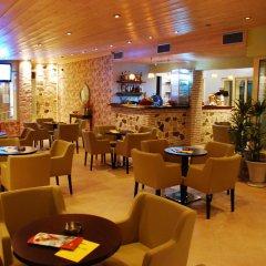 Hotel Koukounaria гостиничный бар