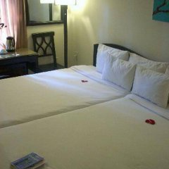 Отель Vinh Huy Хойан комната для гостей