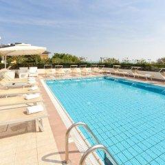 Отель Parco Италия, Риччоне - отзывы, цены и фото номеров - забронировать отель Parco онлайн бассейн фото 2