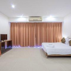 Отель Chic Residences at Karon Beach комната для гостей фото 2