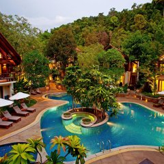 Отель The Tubkaak Krabi Boutique Resort бассейн