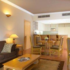 Отель Crowne Plaza Dubai ОАЭ, Дубай - отзывы, цены и фото номеров - забронировать отель Crowne Plaza Dubai онлайн комната для гостей фото 3
