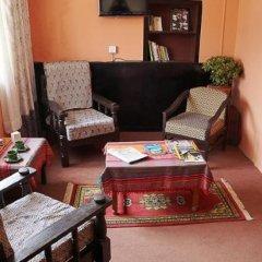 Отель Pariwar B&B Непал, Катманду - отзывы, цены и фото номеров - забронировать отель Pariwar B&B онлайн интерьер отеля фото 3