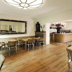 Hotel Berial гостиничный бар