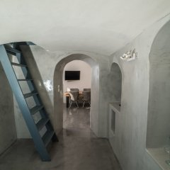 Отель Thetis Cave Villa Греция, Остров Санторини - отзывы, цены и фото номеров - забронировать отель Thetis Cave Villa онлайн интерьер отеля