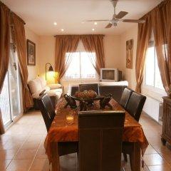 Отель Casa Segur de Calafell комната для гостей