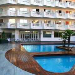 Отель Bernat II Испания, Калелья - 3 отзыва об отеле, цены и фото номеров - забронировать отель Bernat II онлайн бассейн