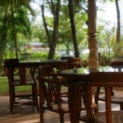 Отель Dedduwa Boat House Шри-Ланка, Бентота - отзывы, цены и фото номеров - забронировать отель Dedduwa Boat House онлайн питание фото 3
