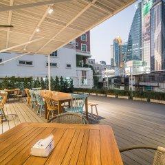 Отель Suk18 Hostel - Adults Only Таиланд, Бангкок - отзывы, цены и фото номеров - забронировать отель Suk18 Hostel - Adults Only онлайн бассейн