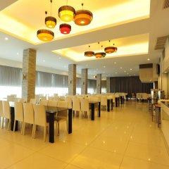 Отель Aunchaleena Grand Бангкок помещение для мероприятий