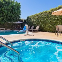 Отель Best Western Plus San Pedro Hotel & Suites США, Лос-Анджелес - отзывы, цены и фото номеров - забронировать отель Best Western Plus San Pedro Hotel & Suites онлайн бассейн