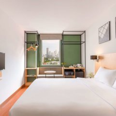 Отель Ibis Bangkok Sathorn Бангкок комната для гостей фото 3