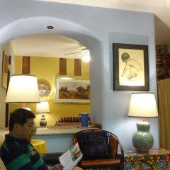 Отель Casa de las Flores Мексика, Тлакуепакуе - отзывы, цены и фото номеров - забронировать отель Casa de las Flores онлайн комната для гостей фото 3