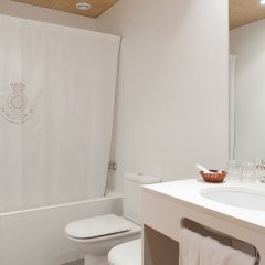 Отель Sant Agusti Барселона ванная