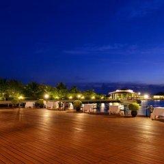 Отель Adaaran Select Hudhuranfushi Остров Гасфинолу парковка