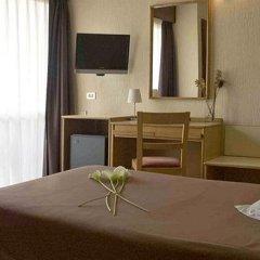 Отель Leuka Испания, Аликанте - 9 отзывов об отеле, цены и фото номеров - забронировать отель Leuka онлайн удобства в номере фото 2