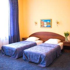 Апартаменты Гостевые комнаты и апартаменты Грифон Стандартный номер с 2 отдельными кроватями