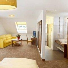 Отель EB Hotel Garni Австрия, Зальцбург - 1 отзыв об отеле, цены и фото номеров - забронировать отель EB Hotel Garni онлайн комната для гостей фото 5