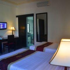 Отель Hoi An Red Frangipani Villa комната для гостей фото 3