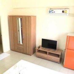 Отель Surasak Center Sri Racha удобства в номере фото 2