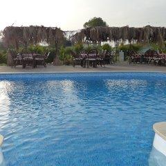 Отель Nostalgia World Pension бассейн фото 2