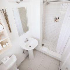 Отель Beverly Terrace США, Беверли Хиллс - 2 отзыва об отеле, цены и фото номеров - забронировать отель Beverly Terrace онлайн ванная фото 2