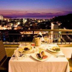 Отель Casa Del M Resort Phuket Патонг балкон