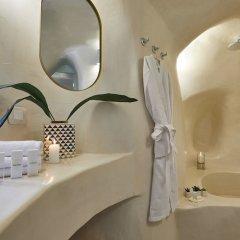 Отель Gitsa Cliff Luxury Villa Греция, Остров Санторини - отзывы, цены и фото номеров - забронировать отель Gitsa Cliff Luxury Villa онлайн ванная фото 2