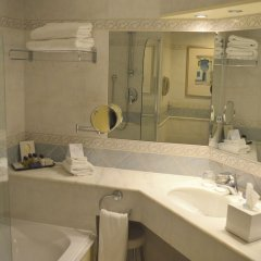 Отель Corinthia St George'S Bay Сан Джулианс ванная фото 2