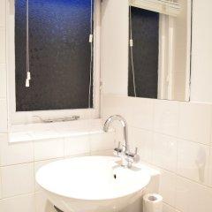 Отель Bright Studio Flat in Knightsbridge Великобритания, Лондон - отзывы, цены и фото номеров - забронировать отель Bright Studio Flat in Knightsbridge онлайн ванная фото 2