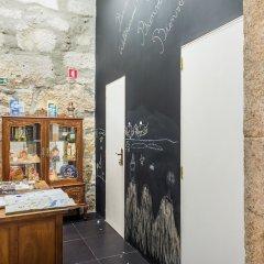 Апартаменты Centenary Fontainhas Apartments Порту