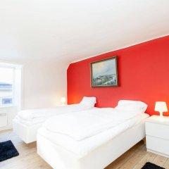 Отель Apartdirect Gamla Stan Стокгольм комната для гостей фото 3