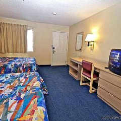 Отель Motel 6 Tacoma, WA - South США, Такома - отзывы, цены и фото номеров - забронировать отель Motel 6 Tacoma, WA - South онлайн комната для гостей фото 5