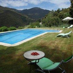 Отель El Porxo De Can Baixeres Монсени бассейн