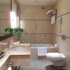 Отель Starhotels Tourist ванная