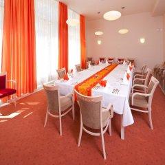 Отель Spa Resort Sanssouci Карловы Вары помещение для мероприятий