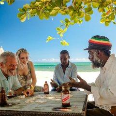 Отель Sandals Montego Bay - All Inclusive - Couples Only спортивное сооружение