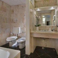 Отель Lo Zodiaco Италия, Абано-Терме - отзывы, цены и фото номеров - забронировать отель Lo Zodiaco онлайн ванная фото 2