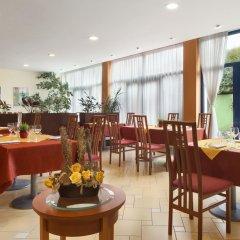 Отель Ramada Airport Hotel Prague Чехия, Прага - 2 отзыва об отеле, цены и фото номеров - забронировать отель Ramada Airport Hotel Prague онлайн фото 7